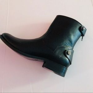 Frye Shoes - Frye Melissa Button Back Zip Short Boot NWOB  SZ 6